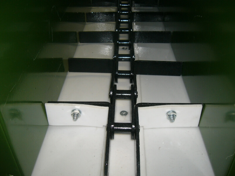 Покрытие для скребкового конвейера