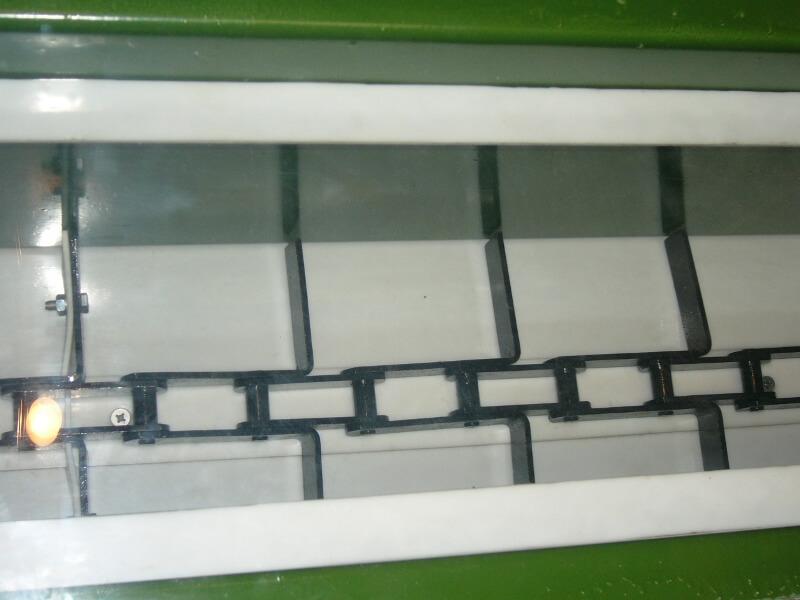 Футеровка скребкового конвейера высокопрочным материалом Текрон